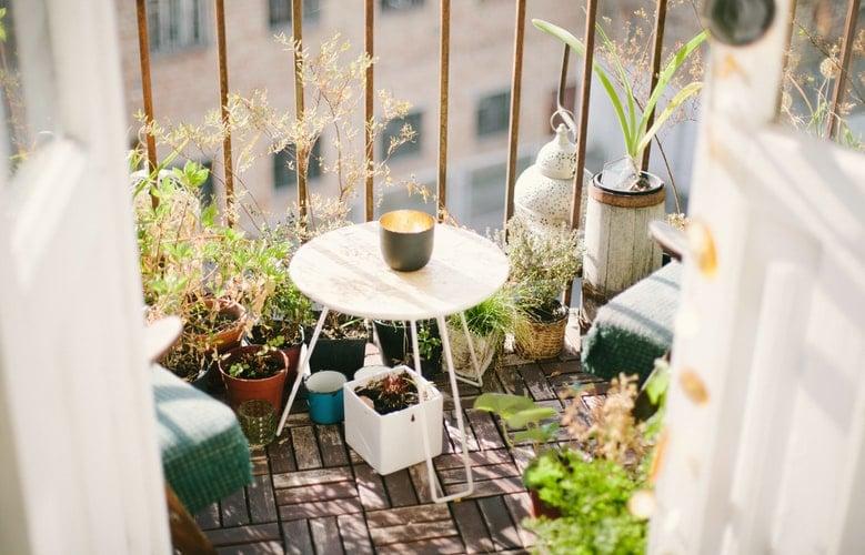 madera-mesa-de-exterior