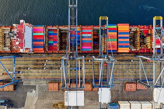 Port Containers Ship Suez Canal Logistic Sourcing ET2C Int.