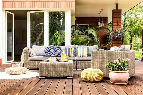 outdoor furniture sourcing procurement suppliers vendors trends style ET2C Int.